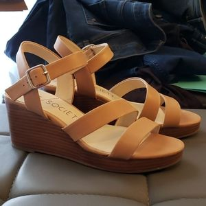 Sole Society Charvi Nude Wedge Sandal